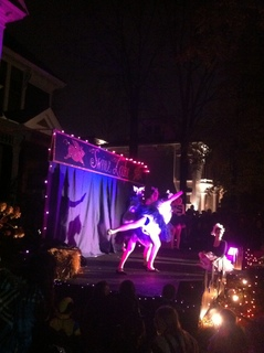 Trick or Treat 2011 �B.JPG